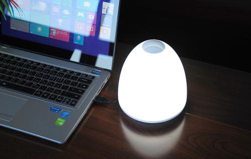 LED 조명 품은 블루투스 스피커, 에스제이컴플라자 '스웨거R'