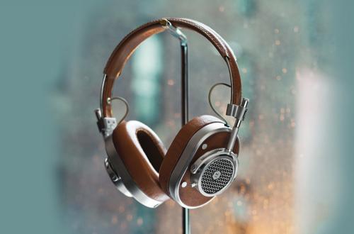 패션 헤드폰의 새로운 아이콘, 마스터&다이나믹 'MH40'