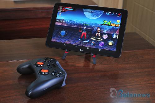 안드로이드와 윈도우를 품은 게임패드, 스틸시리즈 '스트라투스 XL'
