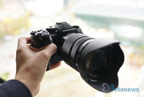 흔들림 없는 4K 촬영, 올림푸스 미러리스 카메라 'OM-D E-M1 마크2'
