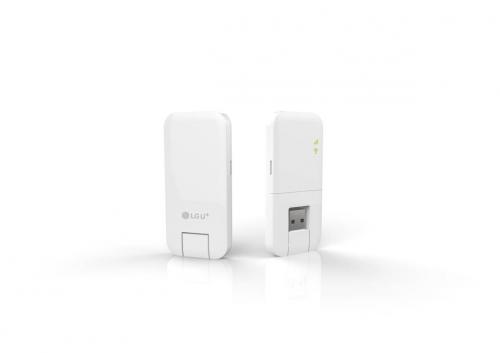 LG유플러스,무게 24g의 휴대형 LTE 라우터'U+ myFi' 출시