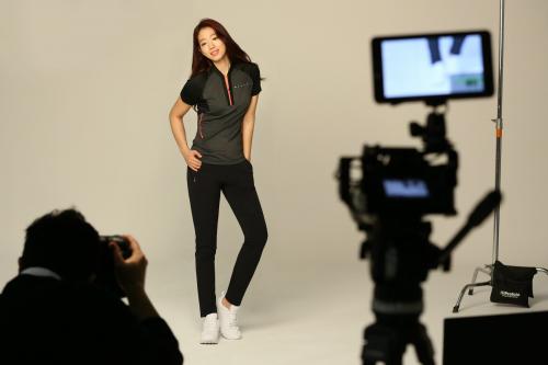 밀레, 아웃도어 업계 최장수 여성 모델 탄생?...박신혜와 4년 연속 전속모델 재계약 체결