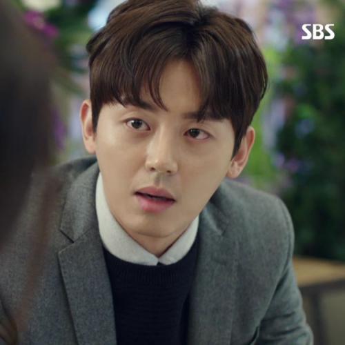 [스타패션]배우 이지훈, SBS '푸른 바다의 전설'속 재벌 2세룩…겨울 수트 연출법
