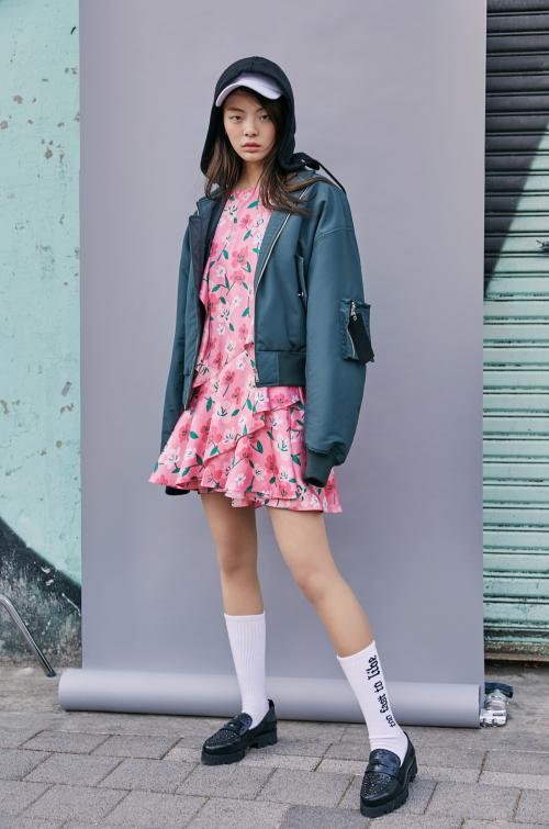 에잇세컨즈, GD만의 감성 담은 스트릿 무드 컬렉션…'17SS GD 컬렉션' 출시