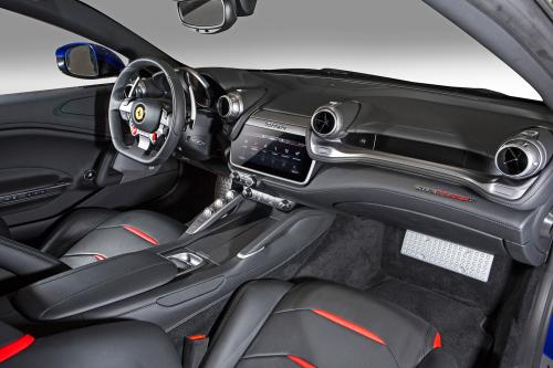 페라리 V8 터보 엔진 최신버전 탑재한 4인승 모델 'GTC4루쏘 T'