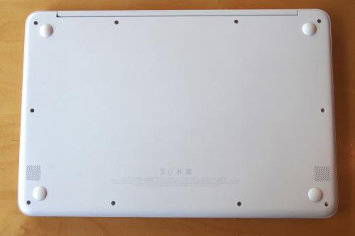 삼성 올웨이즈 NT900X3N-K79W, 1) 메탈 재질 799그램에 고성능을 담았다
