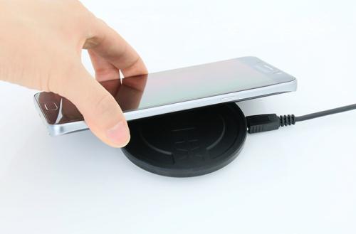 스마트폰을 보다 편리하게 충전하려면, 무선충전기 추천 3종