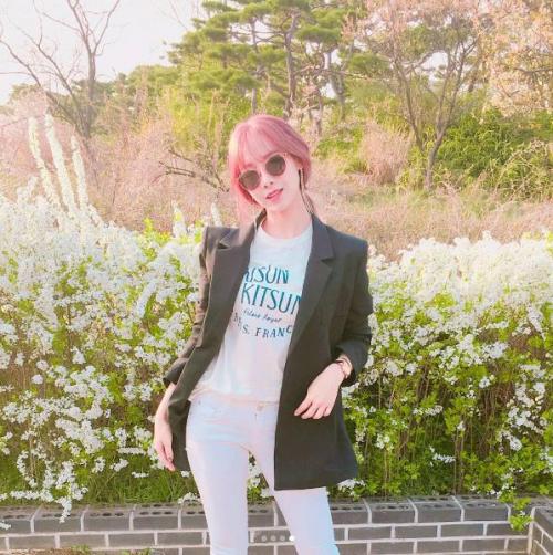 [스타패션]베스티 '유지', 꽃보다 아름다워~ 선글라스 어디꺼?