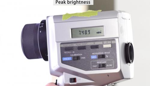 밝기 높다던 삼성 QLED TV, 실제 측정하니 반 토막?