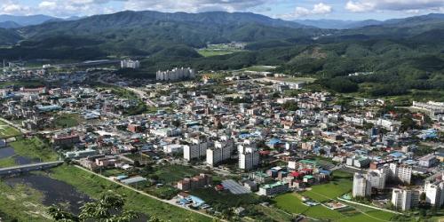 김성기 가평군수, 2017년 유권자 대상 받아
