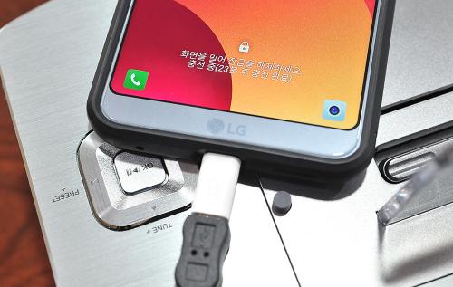 아이폰 품은 듀얼 도킹 올인원 블루투스 스피커, 브리츠 'BZ-IPD622BT'
